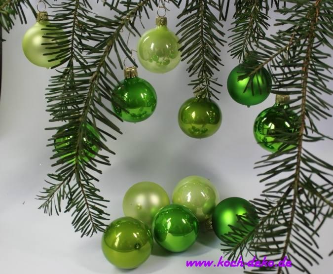 Christbaumkugeln Hellgrün.Mundgeblasene Christbaumkugeln Grün Mix 6cm 1 Karton Mit 12 Kugeln