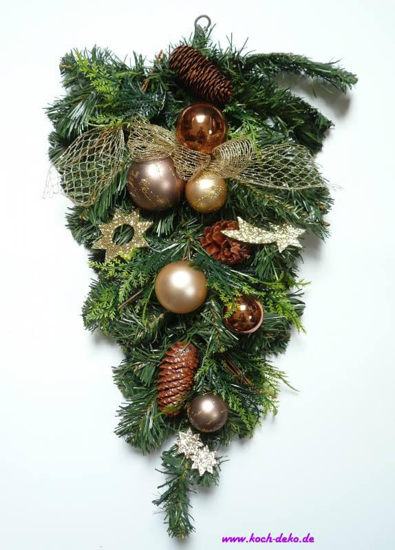 weihnachtlich dekorierter tannenzweig braun creme. Black Bedroom Furniture Sets. Home Design Ideas