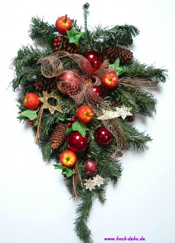 weihnachtlich dekorierter tannenzweig weinrot pfel. Black Bedroom Furniture Sets. Home Design Ideas